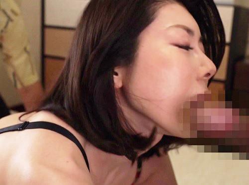 【三十路・人妻熟女】「はぁ♡お義父さんの素敵…♡」スレンダー貧乳痴女嫁がNTR膣内射精セックスでアクメする!