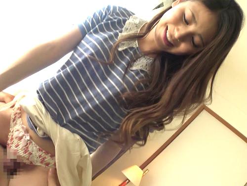 素人女子大生ナンパ企画「これ入っちゃいますぅ…ハゥン♡」マネと騙して素股から生ハメ!美少女JDマンコに無許可中出し!