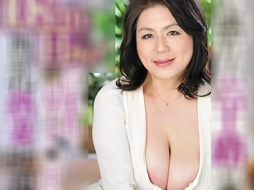 【六十路・人妻熟女】「おばさんで良かったら好きにして♡」メートル超えの超乳・巨乳おっぱいのぽっちゃりムチムチ義母とSEX!