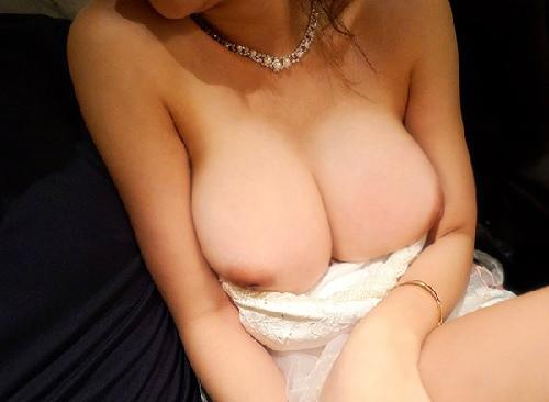 【巨乳キャバ嬢x連続中出し】「もっと♡もっとしたい~♡」泥酔スレンダー巨乳おっぱいの淫乱痴女と乱交膣内射精!【素人ナンパ】
