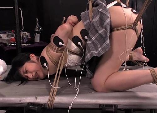 【電流拷問】「だめだめっ!もぅいやぁぁ!」大量電流&アナル凌辱責め!ムチムチ太もも&巨乳おっぱいJDが徹底調教でアクメ!