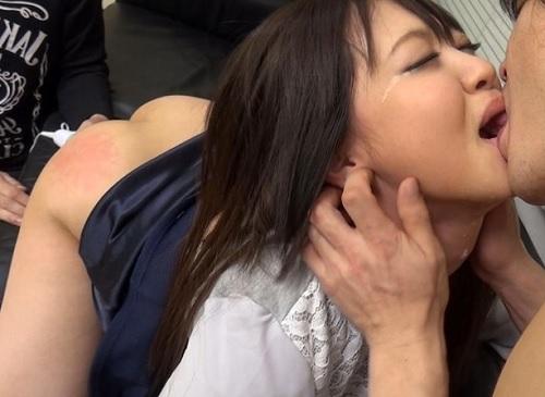 人妻ナンパ「旦那のことは良いからもっと犯してぇぇ♡」ムチムチ巨乳おっぱいの素人若妻はドM!3P凌辱膣内射精でアクメする!