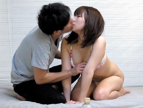 素人ナンパ「んん…♡彼氏いるってばぁ♡」ガードの堅いスレンダー巨乳おっぱい美少女とNTRセックス!《盗撮・隠し撮り企画》