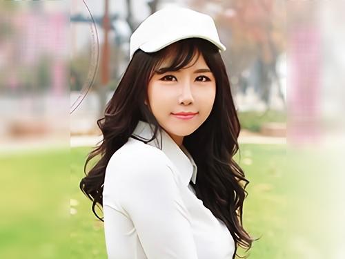 【韓国美女】「もっと♡モット突いてぇ♡」魔改造巨乳おっぱいのスレンダー美女がAVデビュー!プロゴルファーが衝撃の初撮り!