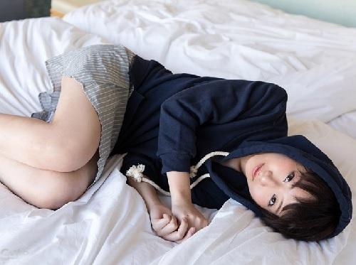 「恥ずかしいよ?♡」美乳おっぱいロリ美少女と濃厚SEX!色白・華奢ロリがムラムラを押さえられない可愛い反応!!ww