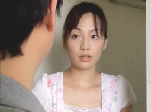 【人妻熟女NTR】「なんですか?」下の階に住むスレンダー巨乳おっぱいの美魔女人妻をレイプ!快楽堕ちした美女を寝取る!