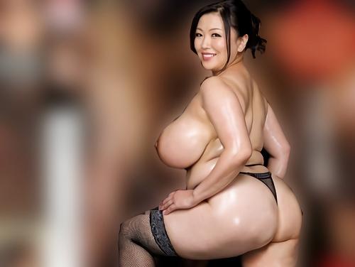 【四十路・人妻熟女】「デカチン最高よぉぉ♡」ぽっちゃりムチムチ超乳・巨乳おっぱいおばさんと巨根黒人の肉弾セックスがやばい!