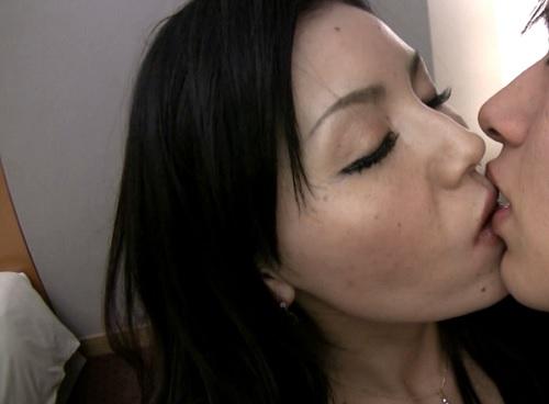 【熟女ナンパx連続ハメ】「もう1回♡」垂れ乳巨乳おっぱいのムチムチ素人人妻おばさんが膣内射精された後にもう一度挿れ始めるw