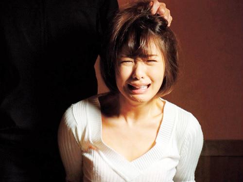 【監禁レイプ】「あなた…見ないで(泣)」スレンダー美乳おっぱいの嫁が誘拐され、強姦・快楽堕ちするビデオレターが届く!