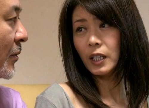 【ヘンリー・塚本xスワッピング】「私のここにアナタ以外のが入ったの♡」巨乳おっぱいの妻があえぐ姿を覗いて興奮する夫!