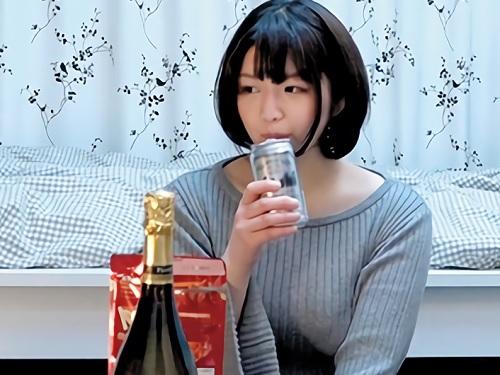 素人ナンパ「ちょっとっ♡恥ずかしぃょ♡」色白ムチムチ巨乳おっぱい美少女連れ込み泥酔させてSEXする盗撮・隠し撮り動画w