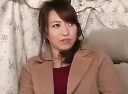 熟女ナンパ「ホテル…エッチしてほしい…♡」スレンダー美乳おっぱいの素人人妻が墜ちるw羞耻しつつSEXになると激しく腰振りw