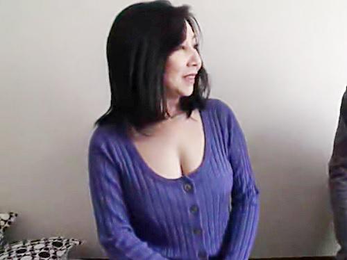 《人妻熟女x素人男》「おばさんで大丈夫?♡」でかい胸の谷間が超エロいw巨乳おっぱいムチムチ美熟女おばさんに膣内射精!