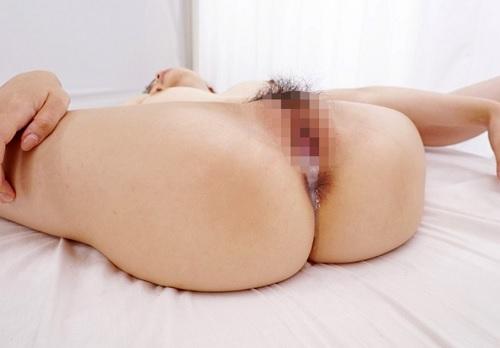 【黒人x素人女子大生】「無理…もぉ無理…♡」スレンダー巨乳おっぱいお姉さんがデカチン外人に激ピス&膣内射精されてアクメw