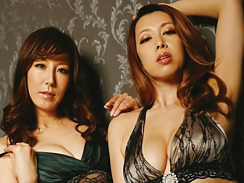 【ダブル美魔女】「私達と気持ちよくなろ♡」スレンダーとムチムチの巨乳おっぱい美熟女と超抜ける3Pセックスがエロくていいw