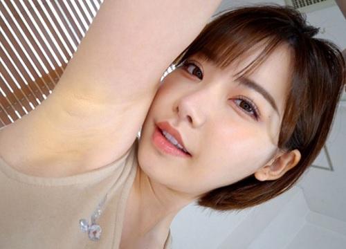 《腋フェチ》「私の脇でコいてあげる♡♡」スレンダー巨乳おっぱいの綺麗なお姉さんの綺麗なワキ・いい匂いの脇にこすりつけ!