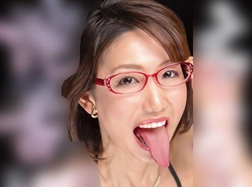【熟女デリヘル】「オチンポ出して…♡」スレンダー美乳おっぱいの蛇舌・人妻おばさんのジュポフェラが激エロw【水原かずえ】