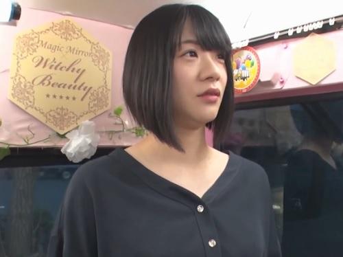 【四十路・人妻熟女】「うぅ♡気持ちぃ♡」ムチムチ美乳おっぱいショートカットおばさんをナンパし公開オナニーをお願いしてH!
