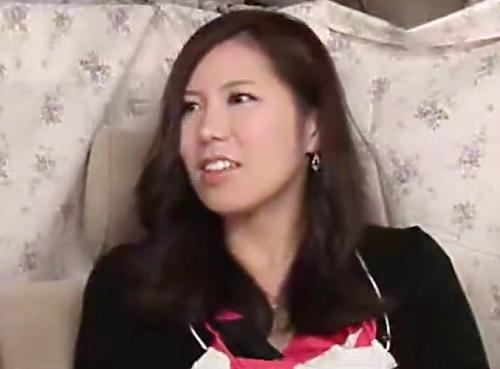 熟女ナンパ「私もHしたいの…♡♡」ムチムチ巨乳おっぱいの素人人妻はすぐにパンツ濡らす変態wホテルで膣内射精SEX!!