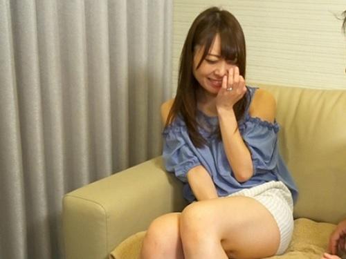 【人妻ナンパ】「えぇ♡私なんて・・・♡♡」ムチムチ太もも、美乳おっぱいのスタイル美人若妻が責められてアヘアヘで感じるw