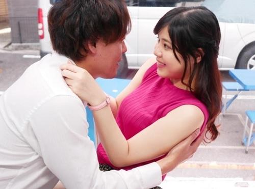 【素人ナンパ】「え?え?お、オメコ…?w」大阪で捕まえたムチムチ巨乳おっぱいJDにエロい関西弁を言わせるセックス企画!