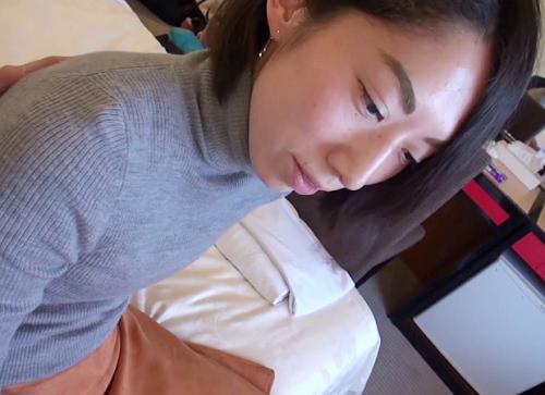 【三十路・素人】「ンン♡い、いぐぅぅ♡♡」39歳のスレンダー美乳おっぱい人妻熟女!地味おばさんが声を押し殺し感じる性交!