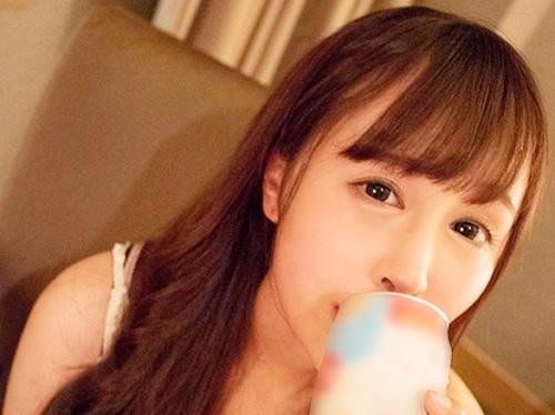 【お泊りエッチ】「Hしていいですよ…♡」スレンダー・ガリ巨乳おっぱい可愛いお姉さんと飲んでイチャラブHの抜けるエロ動画w