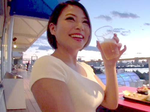 【素人黒ギャル】「あぁ♡気持ちぃ♡」Gカップのムチムチ巨乳おっぱいのお姉さんとヤリ部屋でハメ撮り!褐色健康体が最高!!