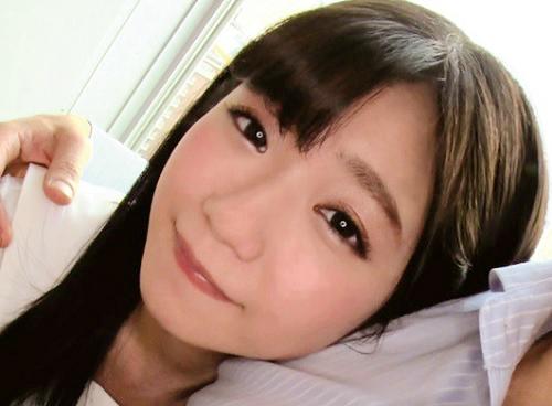【ハメ撮り旅行】「アンアン♡もっとしたいよっ♡」ムチムチ太もも、美乳おっぱいのロリ可愛い素人セフレとの膣内射精の投稿動画
