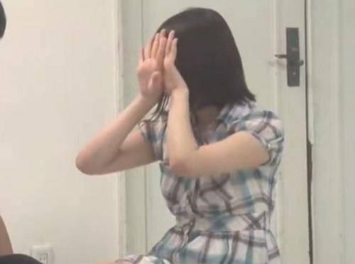 【連続射精・連続中出し】「頑張って出してwww」精液を溜めないと開放されない密室で美乳おっぱい女友達JDにハメまくる!
