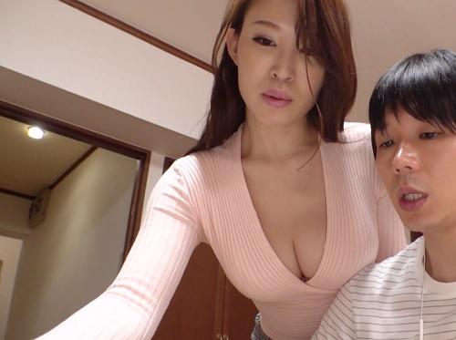 【義母NTR】「生でいいのよ・・・♡」スレンダー巨乳おっぱいの美魔女な人妻が義理の息子と膣内射精SEXしてアクメする!