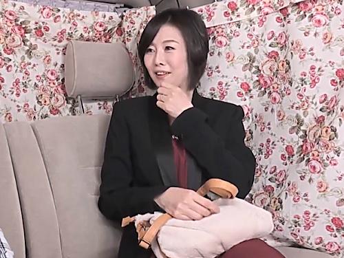 熟女ナンパ「あぁん♡ナマ凄いぃぃ♡」ムチムチ巨乳おっぱいのセレブな素人人妻おばさんを口説いてホテルで膣内射精してあげるw