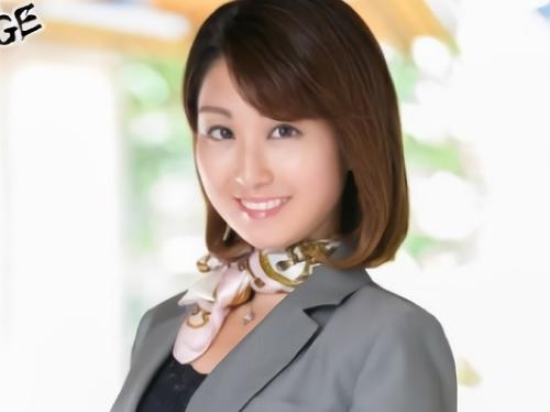 《三十路・人妻熟女》「セックス好きなのっ♡♡」ムチムチ貧乳おっぱいブライダルプランナーおばさん初撮りデビューしちゃうw