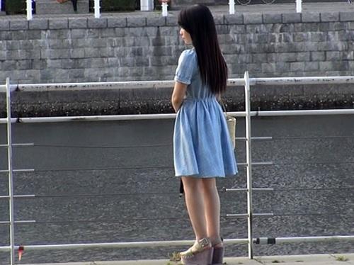 【ヤリマン】「チンチン大好き♡」7人のセフレと日替わりセックスしてる絶倫なスレンダー美乳おっぱいロリ美少女に連続ハメw